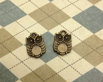 20 pcs of Antique Bronze Owl Charms Double Sided 10mmx14mm