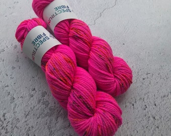 Indian summer, Aran (100g) 100% super wash hand dyed merino yarn.