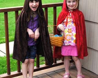 Lot de 2 bambin fait à la main enfant enfants enfant petit chaperon rouge et loup Capes