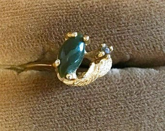 18K HGE Gold Ring with Natural Green Stone and Rhinestone Size 4.75
