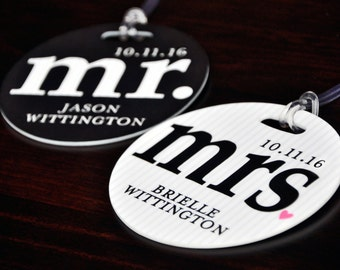 Personalized Luggage Tag, Luggage Tags, Personalized Mr and Mrs Luggage Tag, Custom Luggage Tag, Wedding Gift, Mr & Mrs Bag Tags, Bag Tags