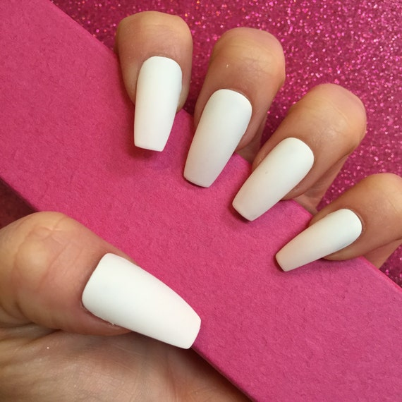 Luxury Hand Painted False Nails. Coffin Matte White Nails. 24 Nail ...