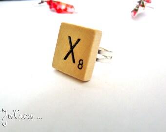 Wooden Scrabble letter ring