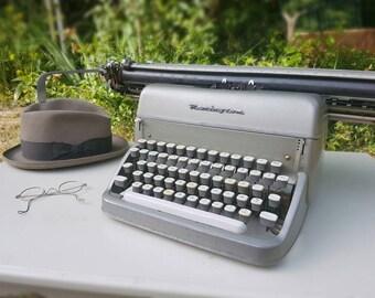 Remington Rand Typewriter - Original Gift / Collection / A3