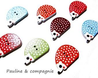 Set of 8 wooden Hedgehog patterned buttons
