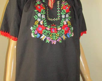 Hand embroidered Hungarian Matyo Kalocsa blouse ethnic top , handmade Hungarian folk blouse XXL