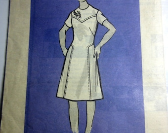 Workbasket 9020 Mail Order Women's Panel Dress Sewing Pattern Size 16 1/2 Bust 39