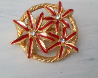 Gold Tone Floral Brooch