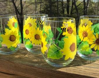 Hand painted stemless wine glasses sunflowers bumblebee, wine tumblers, custom wine glass, wedding gift, floral wine glass
