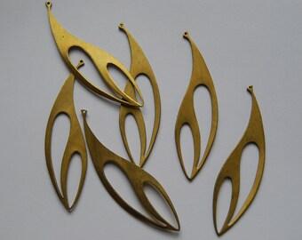 6 Vintage Brass Leaf Shape Dangles