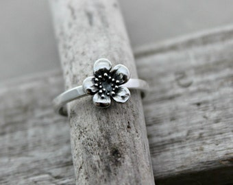 Sterling silver plum blossom ring - simple minimalist jewelry -sizes 5-10 - Gift for her - Spring Jewelry - Floral Jewelry