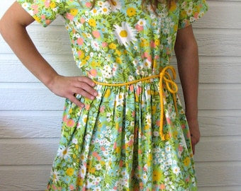 Vintage Dress Swirl Summer Day Vintage Floral Colorful