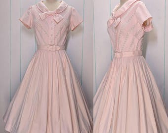 50s Pink Pleated Dress with Lace Details Size 12