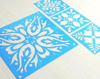 Plantilla o stencil con diseños de azulejos y mandalas