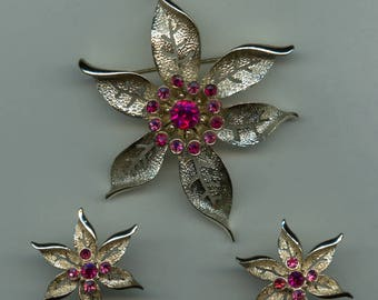 """Sarah Coventry """"Fashion Flower"""" Set in Pinks- C. 1967"""