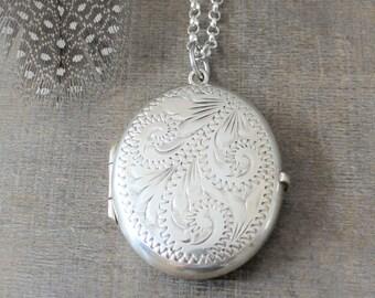 Large Silver Locket Necklace, Personalized Locket, Oval Locket, Sterling Silver Locket, Long Locket, Custom Locket, Push Gift for Mom Locket