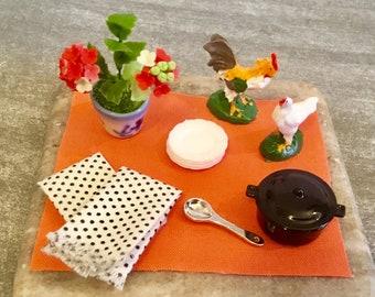 Dollhouse Miniature Black Stock Pot & White With Black Polka Dot Dish Towels 1:12 Scale