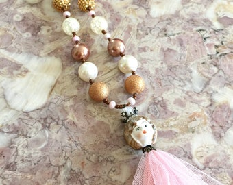 Shabby Chic. Fashion girl. Kids jewelry. Pink. Gold. Gift for girls. Bubblegum bead necklace. Tulle. One of a kind. Doll.
