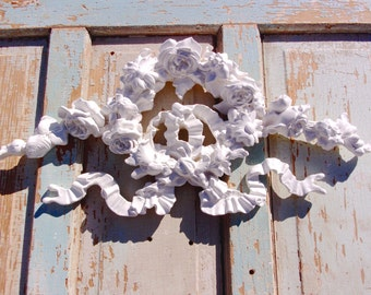 Shabby Chic Furniture Appliques * HUGE Rose / Floral Wreath* NEW * Decorative Wall Decor and Mouldings!
