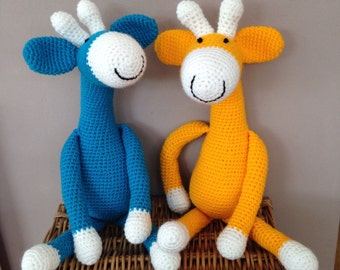 Handmade Giraffe toy, crochet toy, toddlers toy, baby gift