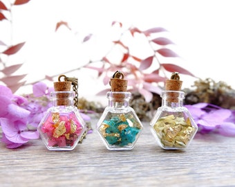Dried flowers bottle necklace, gift for woman, terrarium necklace, real flower jewelry, gold leaf necklace, plant pendant, botanical jewelry