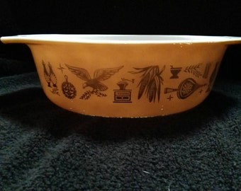 Pyrex Vintage Early American Oval Casserole Dish 1-1/2 QT #043
