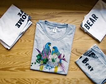 Parrot shirt / Parrot tshirt / Parrots shirt / Parrot shirts / Parrots / Animals shirt