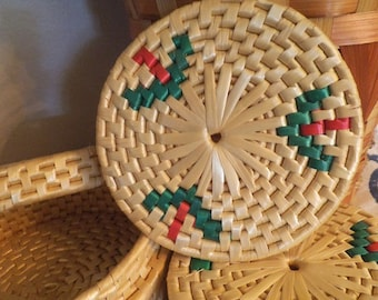 Vintage woven Straw coaster set in matching woven lidded Basket ~ Jungalow ~ BOHO Bohemian