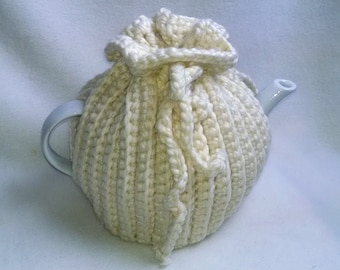 Crochet Tea Cosy, Tea Pot Cozy, Teapot cozy in Aran, Winter White, thick wool blend
