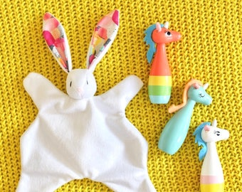 Fiesta - Bunny comforter, white with multicoloured patterned ears