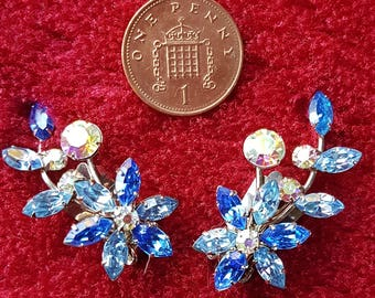 Original Vintage 50's Stunning Blue glass clip on earrings