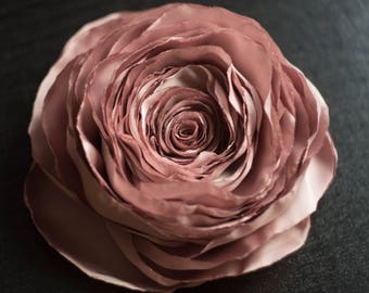 Artificial Peony Silk Pink Flower Brooch Fake Faux Rose Textile Flower Pin Wedding Prom Evening Accessory Fabric Flower Clasp Pin