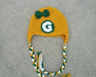 Green Bay Packers Crochet Hat! Handmade hat with bow!