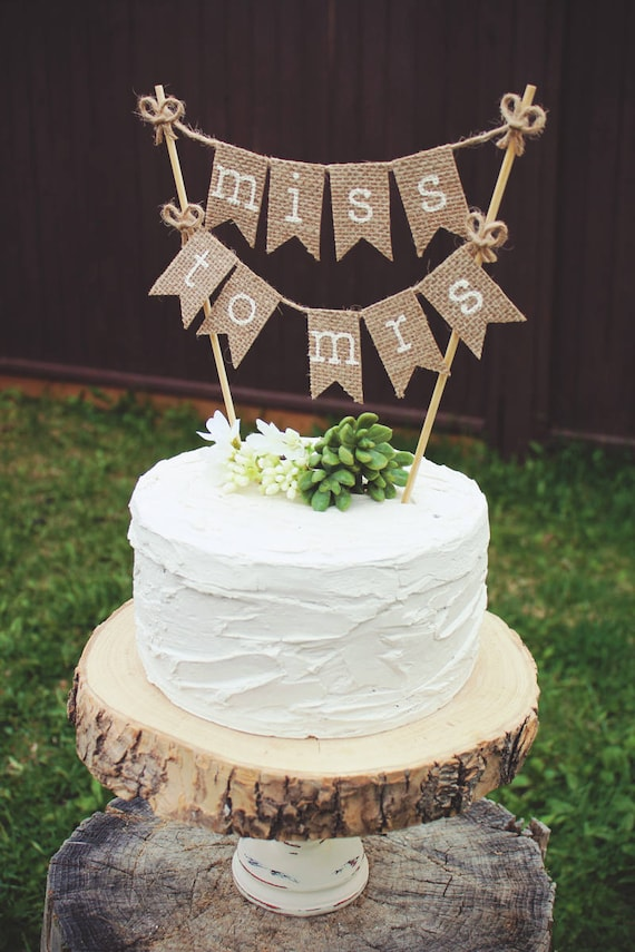 cakes for wedding showers bridal shower cake topper to be burlap bridal shower 2371