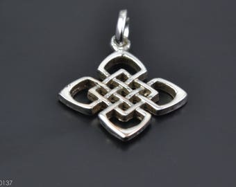 Celtic Design Sterling Silver Pendant with Celtic Knot