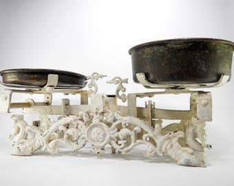 Antique Scale, Antique Market Scale, Brass Pans, Antique Cast Iron Scale, Antique Kitchen Scale, Grocery Scale, Shabby Chic Kitchen Décor