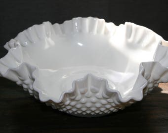 CLEARANCE / Fenton Hobnail Milk Glass Bowl / Fenton Art Glass / Hobnail / Vintage Glass / Milk Glass