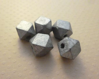 Lot 5 12mm silver - 0266 PB12 faceted wooden beads