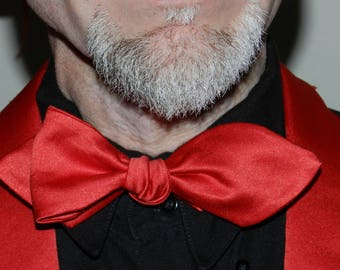 Duchess satin red bow