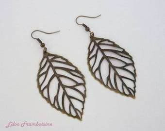 These bronze leaf filigree earrings