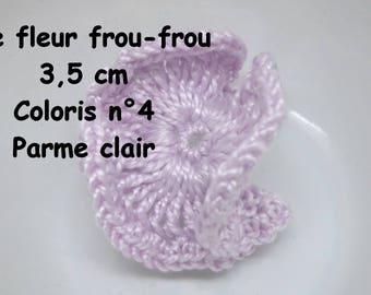 A frou-frou color 4 crochet flower