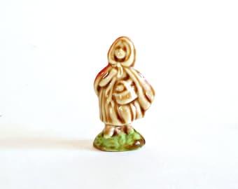 Vintage Wade Tea Figurine Little Red Ridinghood Nursery Rhymes England