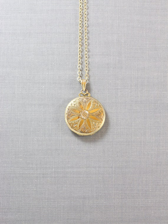 Vintage Gold Filled Locket Necklace, Small Round Hayward Picture Locket - Sunburst