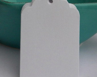 500 Paper Tags - white paper tags - gift tags - wedding tags - merchandise  tags - sales tags - favor tags - supplies