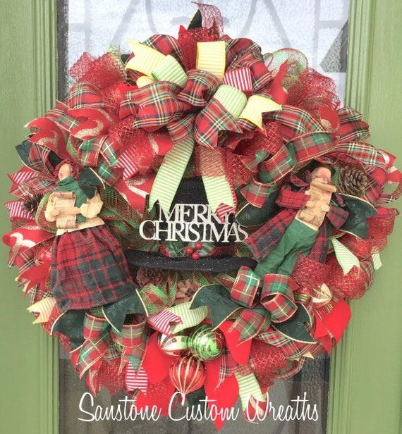 Christmas Carol Singers Decorations: Christmas Carol Singers Mesh Wreath Xmas Carol Singers