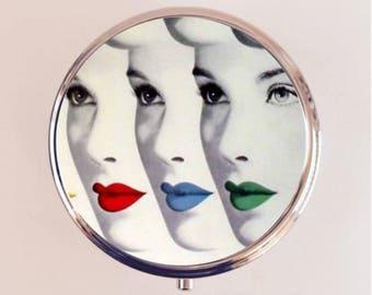 Retro Lips Pill Box Case Pillbox Holder Trinket Stash Box Vintage 1950s Beauty Lipstick Cosmetics