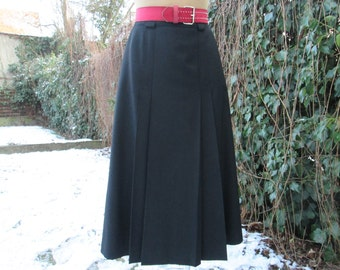 Woolen Skirt / Skirt Vintage / Black / Size EUR42 / UK14