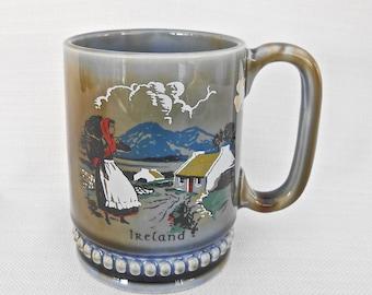 Wade Irish Porcelain Mug Featuring an Irish Country Scene - Vintage Home Decor - Ireland Souvenir - Irish Ceramic Tankard - Shamrock Label