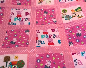 Peppa Pig toddler quilt.