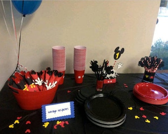 Complete Mickey Themed Table set for 10. Cups, plates, straws, Utensils